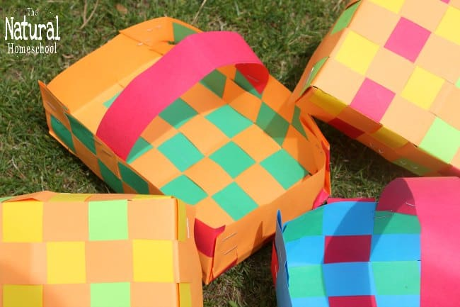 In this post, we are looking at some really fun paper weaving projects. Whether your kids just love to weave paper, laminate it and use it as a placemat or they want to go a step further and actually make a basket out of their weaved paper, they will find that this fine motor skills activity is a lot of fun!